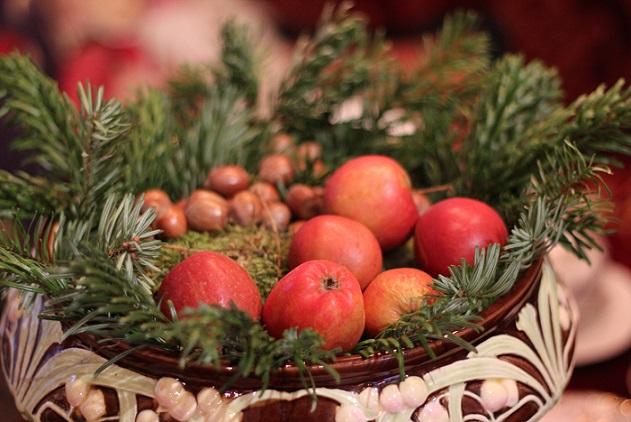 Julehygge, julestuer, julepynt fra 1900,1910'erne på Tidens Samling, æbler og nødder, Odense